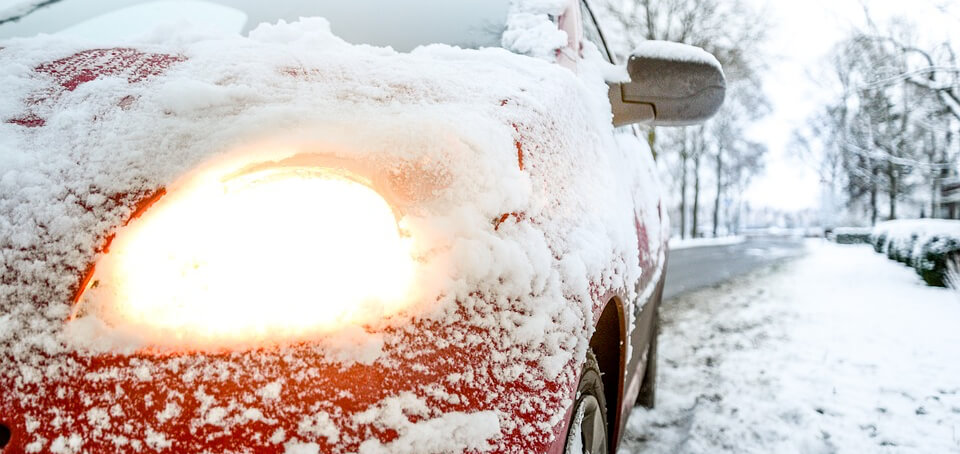 Autofahren-im-Winterchaos-Fahrschule-Suedstadt